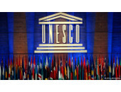 4857_unesco_flags